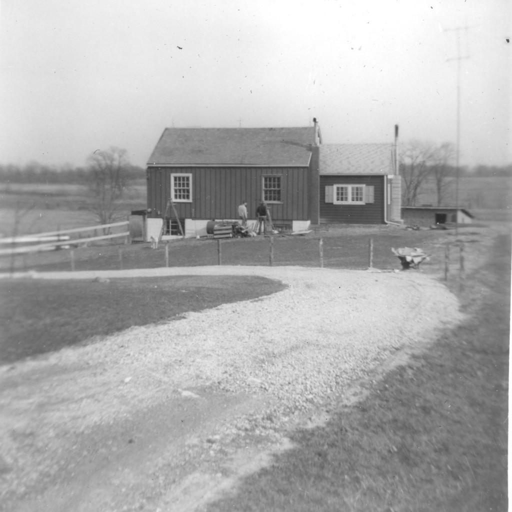 1954 CARPORT