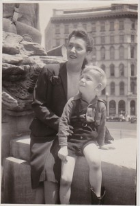 SOLDIERS AND SAILORS MONUMENT 1945