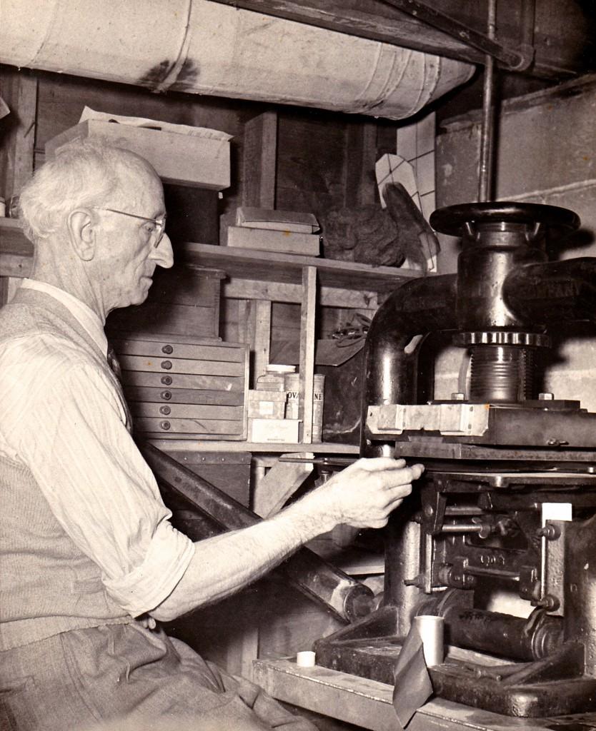 1950 FELIX STAMPING GOLD LEAF