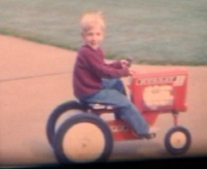 GREG`S RIDING TRACTOR